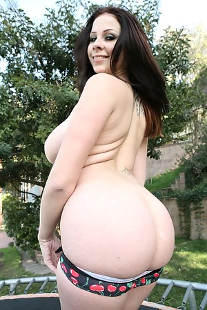 Free Big Ass Girls Porn Pictures