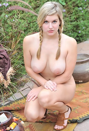 Free Big Tits Girls Porn Pictures